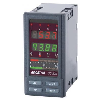 Universal process controller UC-820