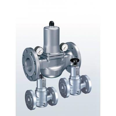 482 Valvulas reductoras de presión en acero inoxidable con conexiones bridadas.